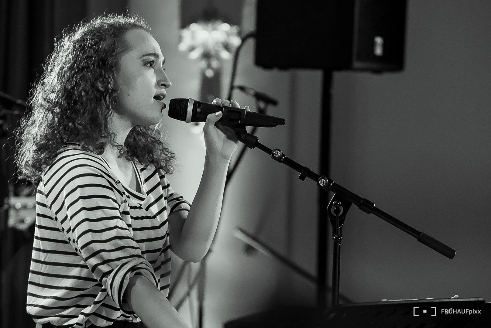 Hannah Schranz : Vocals